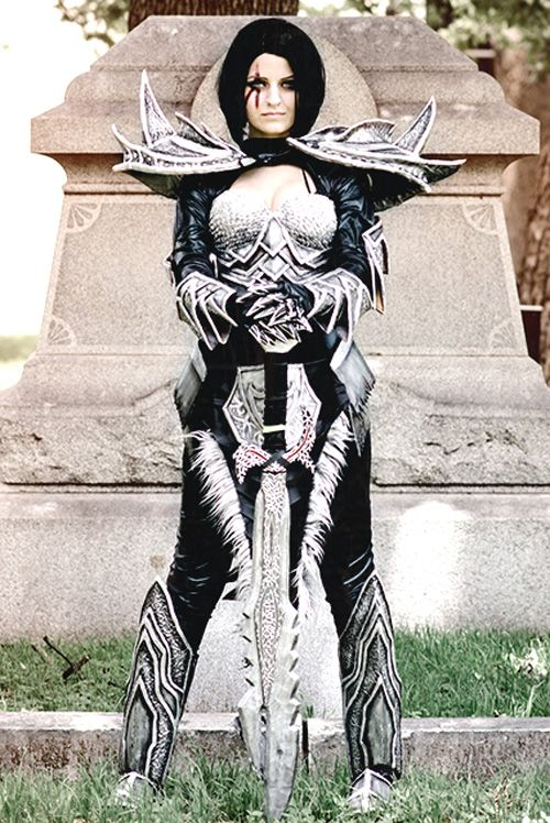 Daedric Armor from Skyrim Cosplay http://geekxgirls.com/article.php?ID=2864