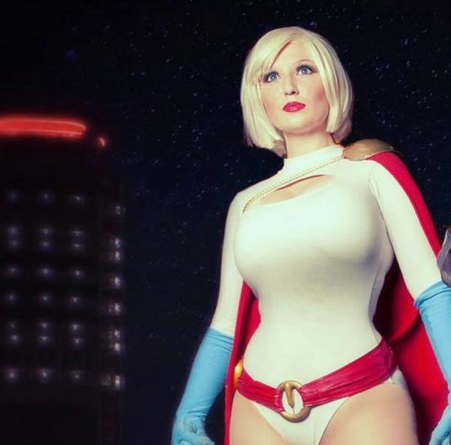 Top 20 Hottest Rising Cosplay Stars