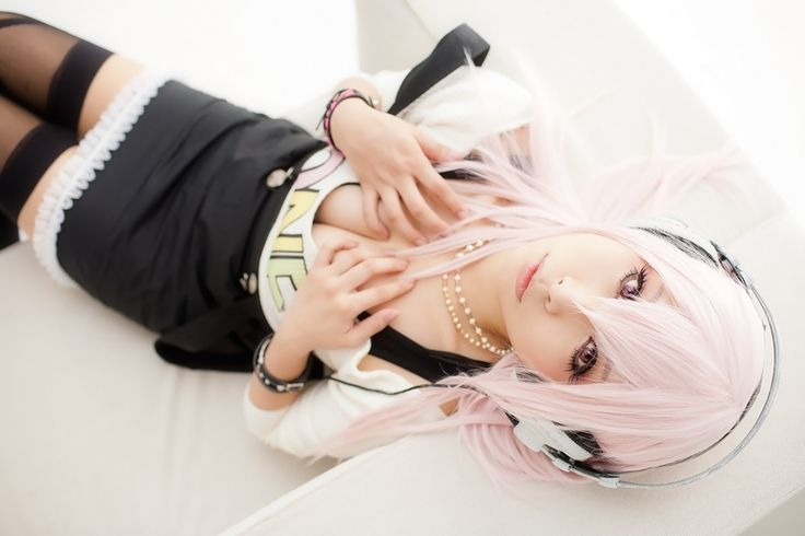 Cosplay Keeps You Closer to Beauty - Super Sonico