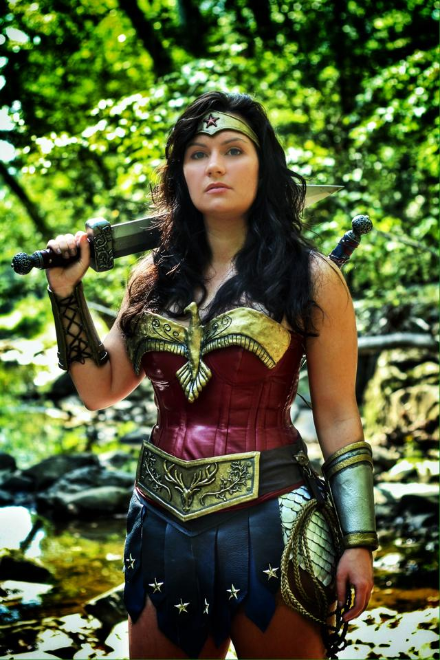 Top 4 Amazing Wonder Woman Cosplay - Rolecosplay Red Son Justice League
