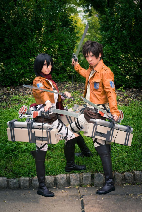 great-attack-on-titan-cosplay