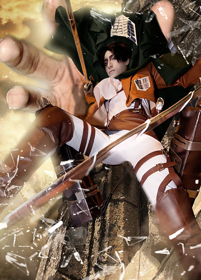 attack_on_titan_cosplay__grabbing_crashing_by_jiakidarkness-d6bmit7