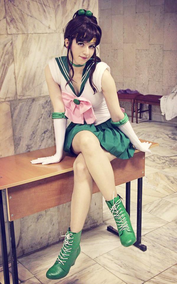 super sailor jupiter cosplay11