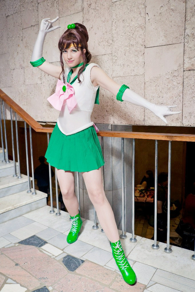 super sailor jupiter cosplay17