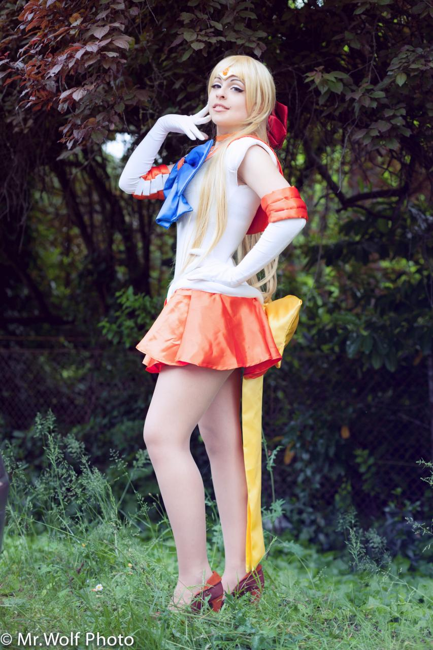 Most Popular Sailor Venus Cosplay On Worldcosplay!!