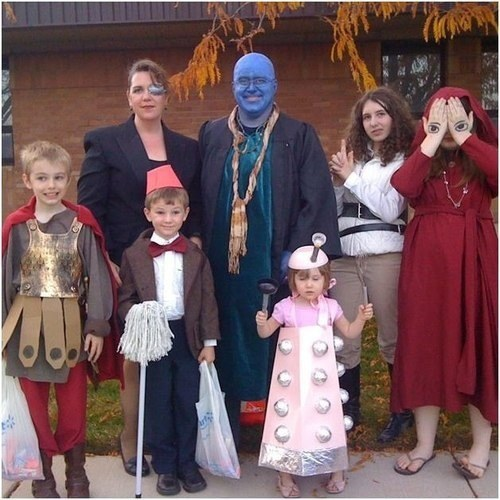 Top 14 Family Cosplay Ideas for Halloween