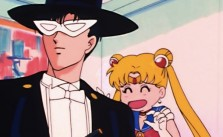 10 Reasons Why Everyone But Sailor Moon Knows Tuxedo Mask Sucks