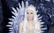 Top 18 Pretty Cosplay Make Daenerys Targaryen Out of Screen