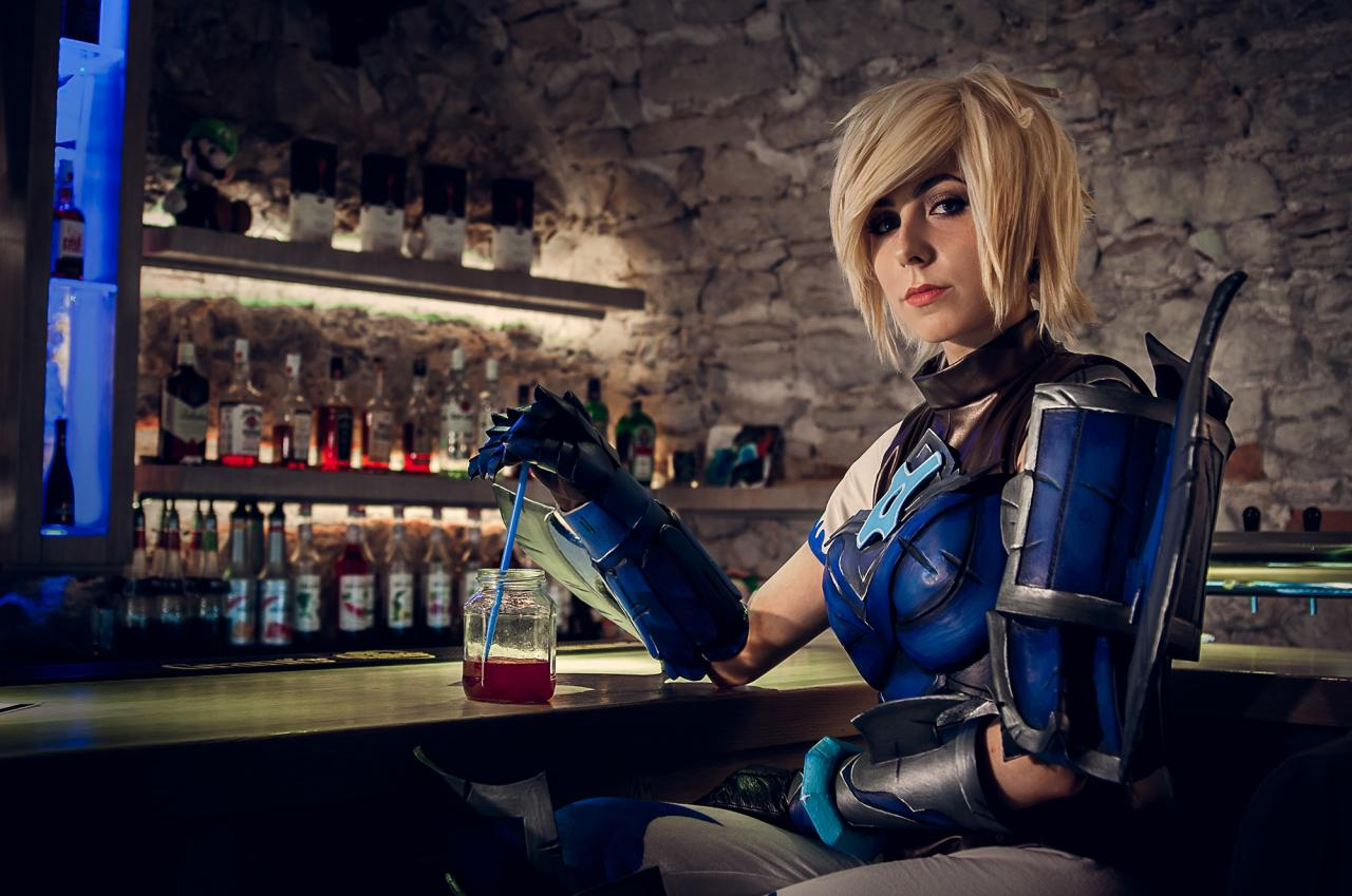 arcade-sona-league-of-legends-cosplay