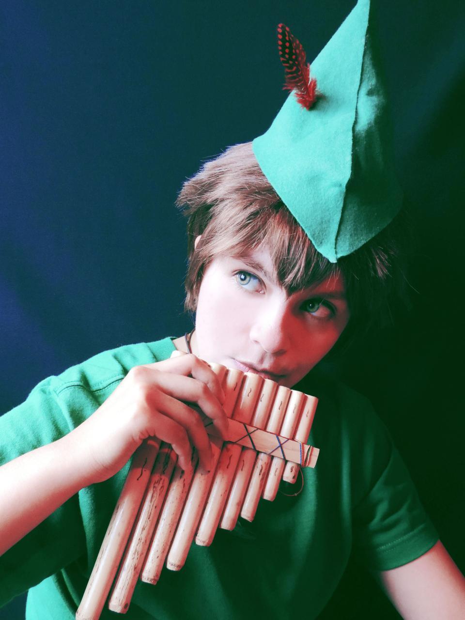 Peter Pan Cosplay 20 Pics Peter Pan Cosplay Wendy