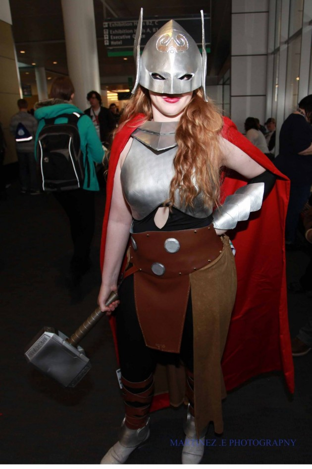 Best Cosplay Ever : Miss Martian, Thor,Sailor Venus, She-Hulk And More