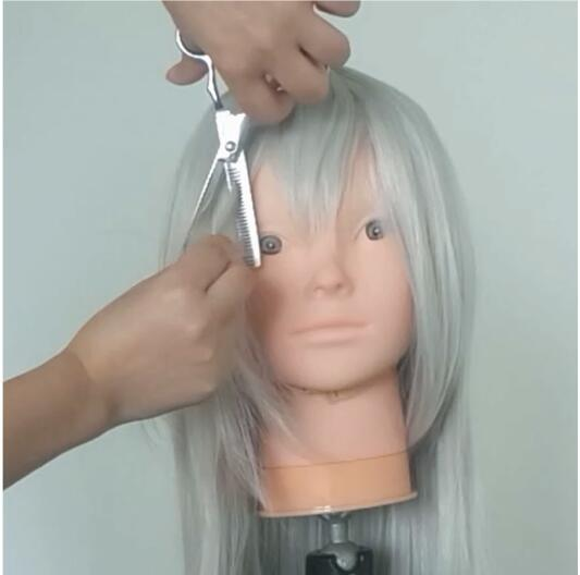 How to Make Booette's Crown and Styling Its Wig-15