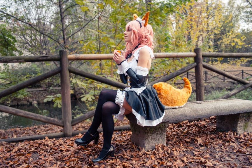Tamamo no Mae Maid (Fate Extella) Costume & Wig  Review 3