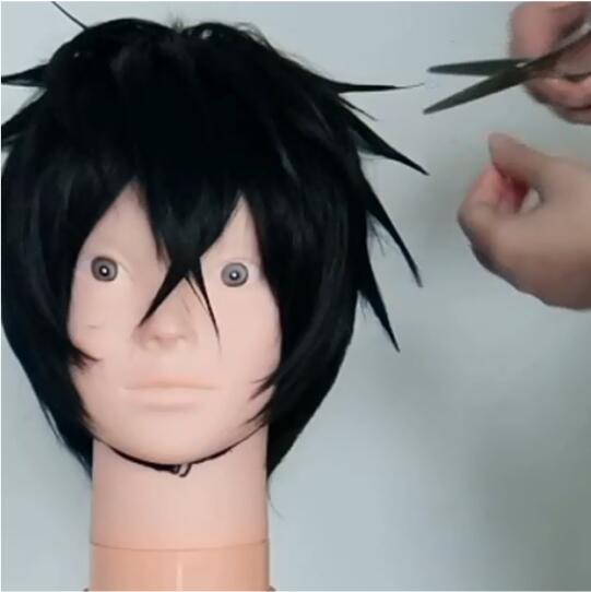 The Rising of the Shield Hero Naofumi Iwatani Wig Styling Tutorial-7