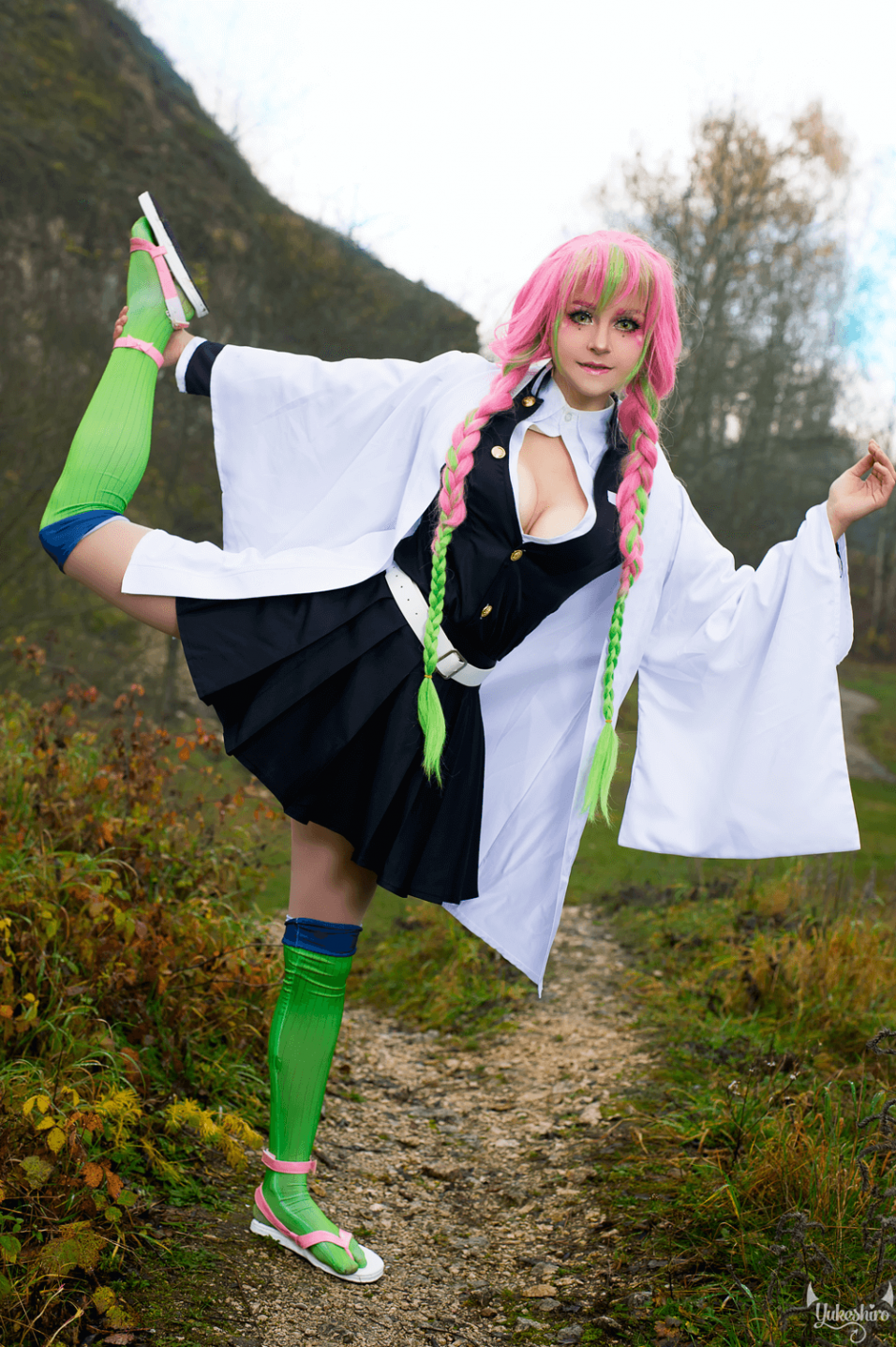Mitsuri Kanroji cosplay review by Yukeshiro (3)