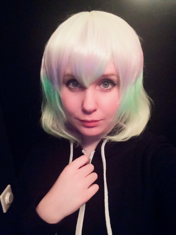 Really good wig !! I just adjusted the bottom and cut Some side strands really Nice colors aswell. A good base to work on or just leave it as it is