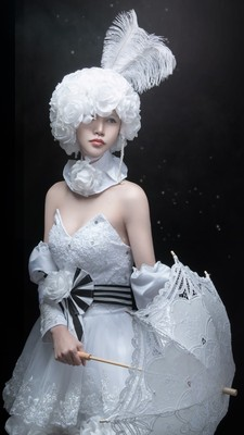 Very beautiful Costume!!!
