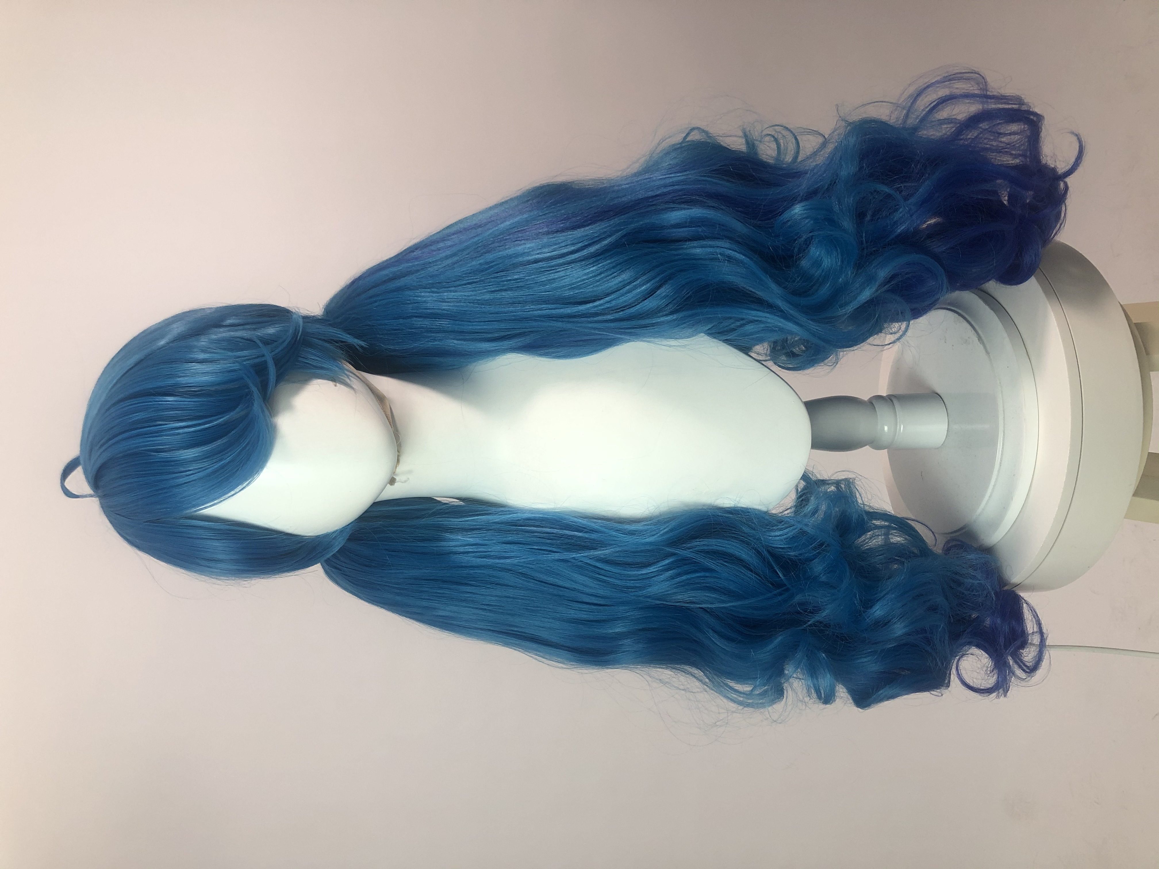 Great! Great! It's the best wig I 've ever bought from Rloecosplay.